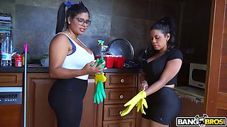 Hot like fire Venezuelan Sheila Ortega joins forces with hoe to work on dick
