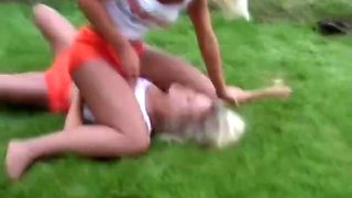 luzia vs eva pantyhose wrestling