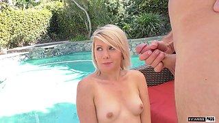 Two libidinous blondies sharing a big throbbing schlong on their knees
