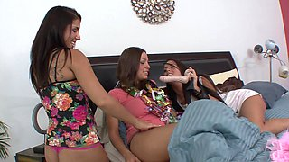 Step siblings threesome