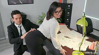 sexy secretary Ivy Lebelle adores fuck on the table in her office