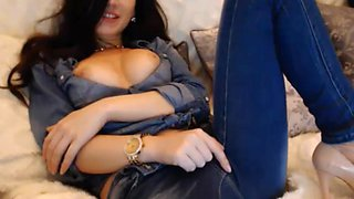 Babe in Jeans Rubs her Tight Cunt