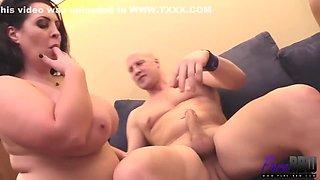 Guy Loves Having Sex Big Bootie Milfs - Jessica Lust
