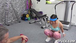 yasmeena in tiny sporty gym babe fucks teacher