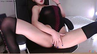 Kbj neat august 2018 stockings