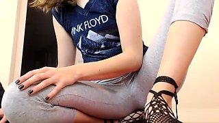 Beautiful 18yo Teen Masturbation Webcam
