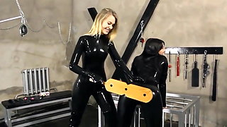 2 Girls in Sexy Latex Catsuits
