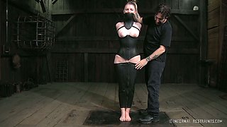 Amazingly horny chick in black corset deserves a good punishment