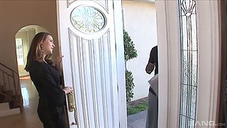 Lucky black neighbor gets greeted by curvy Chanel Preston's blowjob