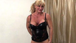 Female Bodybuilder WildKat Shows Her Big Clit