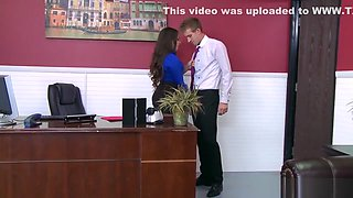 Office slut Lola Foxx needs cock in her ass