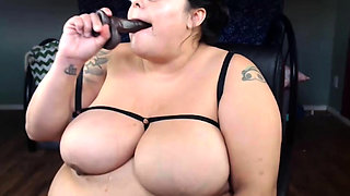 Come play WITH BBW pornstar VERUCA DARLING, see me get nasty