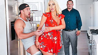 Nicolette Shea & Johnny Castle in Kitchen Cockfidential - SneakySex