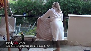 Real amateur milf and housewife , my real life on my cams fo