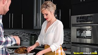 Evelin Stone wants to feel an erected dick during a kitchen threesome