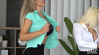 Blondie Fesser In And Brianna Bounce