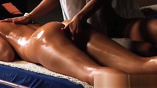 The Roman Dreams: Lesbian Mistress Enjoys In Erotic Massage