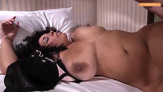 Red Bone And Anastasia Lux In Full-bosomed Housewife Chloroformed By Son