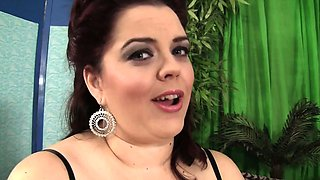 Pretty plumper performs a sexy strip tease before she