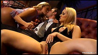 Smoking Blondes Have a Threesome Out Of This World