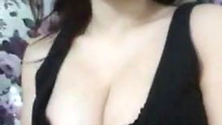 Busty Turkish Girl (kumsalkardesler)