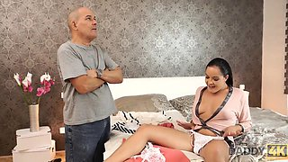 Old Daddy Uses Opportunity To Have Intercourse - Dolly Diore And 18 Years Old