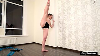 very hot petite gymnast anna
