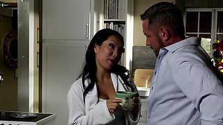 Desire to be the best makes doctor gives pussies for licking