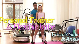 Personal trainer fucks flexible blonde