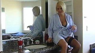 Blonde Cougar Hanna Hilton Gets A Taste Of A Big Fat Cock