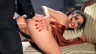 Room Service Free Video With Danny D & Anastasia Brokelyn - Brazzers