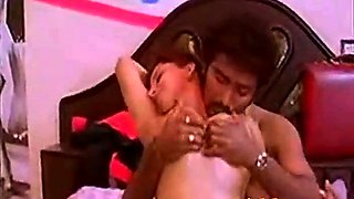 Mallu Aunty Oil Massage