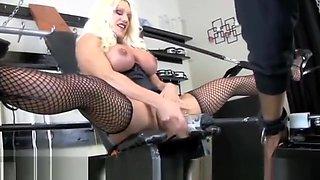 Ashlee Chambers  Big Clit Suck
