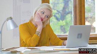 Blonde boss babe Zazie Skymm banged by big cock worker