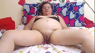 Web granny latina