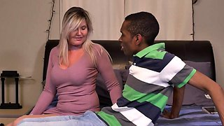Canadian housewife Velvet Skye goes interracial