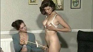 Incredible Retro, Lesbian porn scene