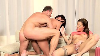 DADDY4K. Taboo fuck of old daddy and two sluts ends