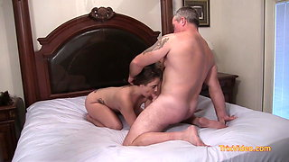 Daddy-Daughter Show Lexxxi a Good Time