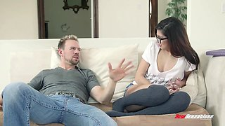Petite Ava Taylor Fucking Hung Step Brother