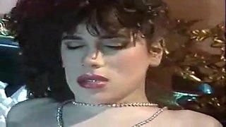 Gorgeous retro milf sensual sex
