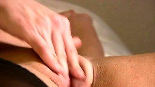 Sexy Female Bodybuilder Masturbates Her Big Clit