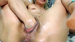 Wet db toying Ebony close up 457