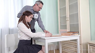 Tricky Old Teacher - Old teacher makes sexy student