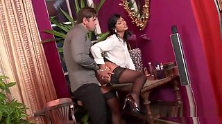 Staggered Doll In Lingerie Is Geeting Peed On And Drilled94a