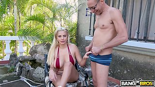 Professional hooker Amaranta Hank tries to cope with huge dick attacking her anus