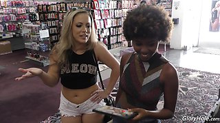 Carmen Valentina and Daizy Cooper have a blast with a BBC from a hole
