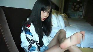 Chinese girl feet...