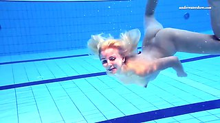hot and pretty elena proklova shows her slavic beauty underwater