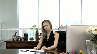 Jillian Janson is naughty secretary whose wet pussy is in need of cunnilingus